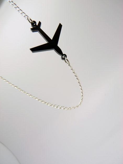 collier electrolise avion